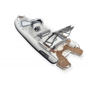 Člun Marlin 226 FB outboard obr.2